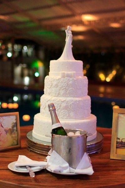Salão a beira de piscina para festa de casamento no Olinda Hotel e Eventos em Toledo - PR